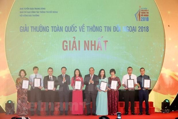 VietnamPlus wins first prize at External Information Service Awards hinh anh 2
