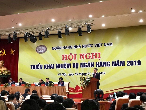 Credit to grow by 14 pct, bad debt kept under 2 pct in 2019: SBV hinh anh 1