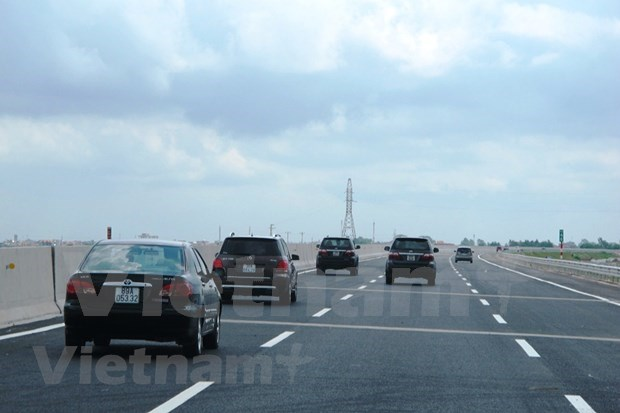Vietnam to call on big groups to invest in transportation hinh anh 1