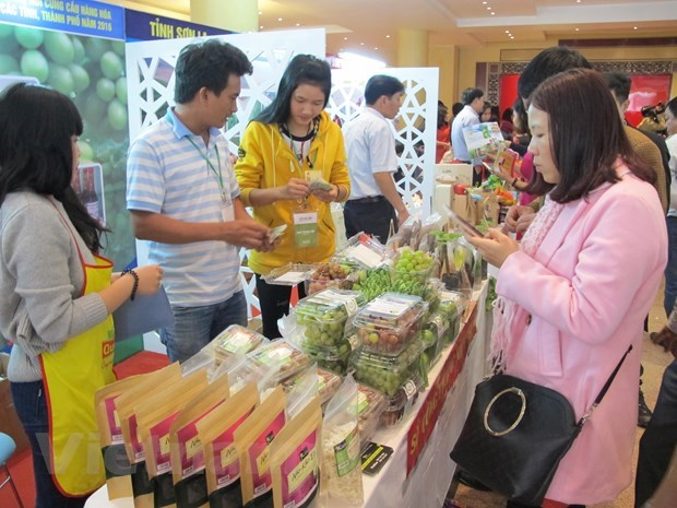 Global slowdown weighs on Vietnamese economic growth: Expert hinh anh 2