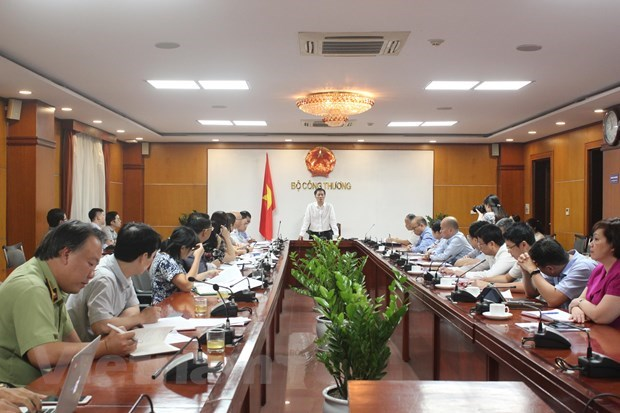 Minister reiterates determination to achieve export target hinh anh 3
