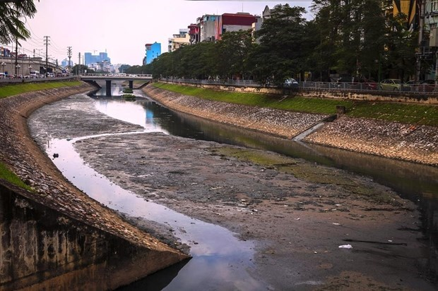 Vietnam out of 17 countries with high risk of water shortage hinh anh 1