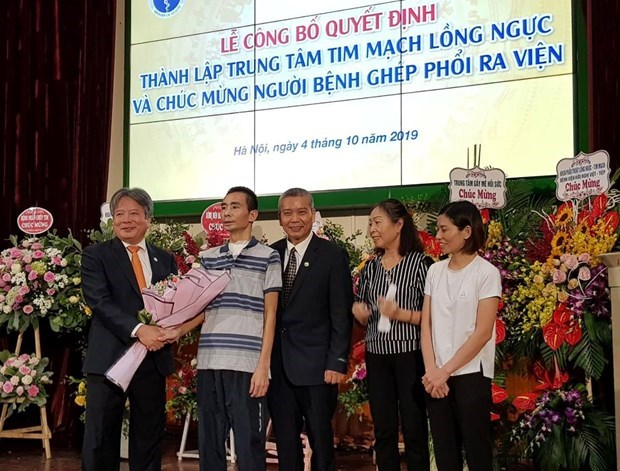 First lung transplant recipient in Vietnam discharged from hospital hinh anh 1