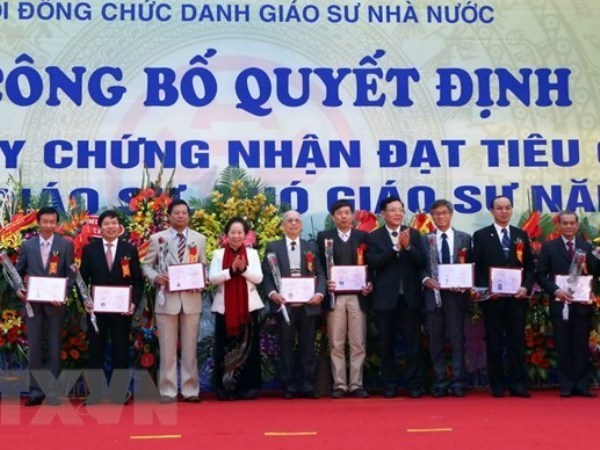 441 nominated for prof., assoc. prof. titles in 2019 hinh anh 1