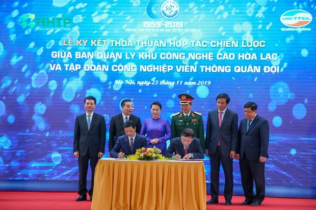 Hoa Lac Hi-Tech Park lures 90 projects worth 85.8 trillion VND hinh anh 3