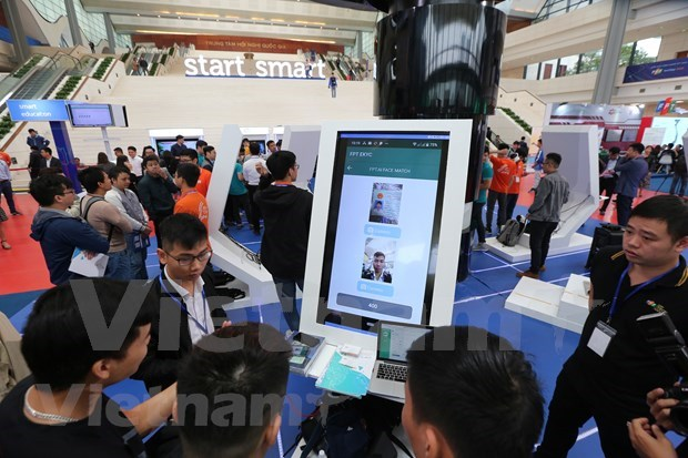 FPT Techday 2019 shows off smart technologies hinh anh 10