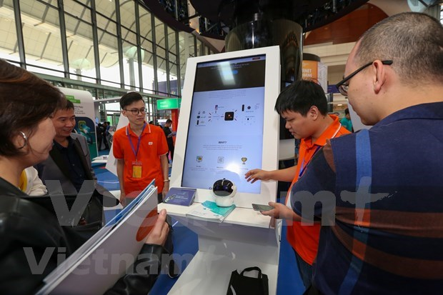 FPT Techday 2019 shows off smart technologies hinh anh 11
