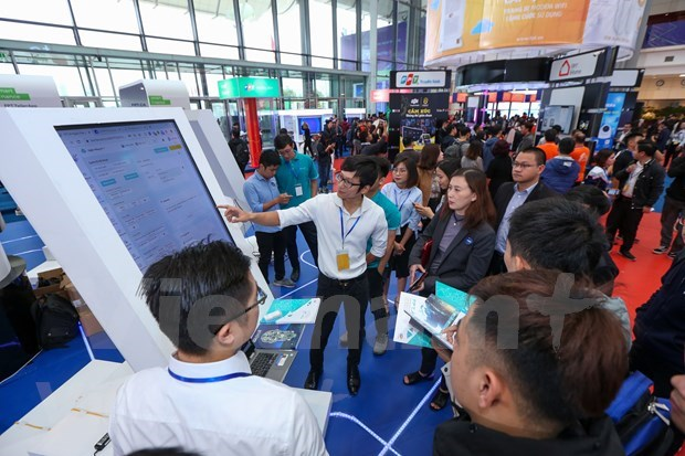 FPT Techday 2019 shows off smart technologies hinh anh 9