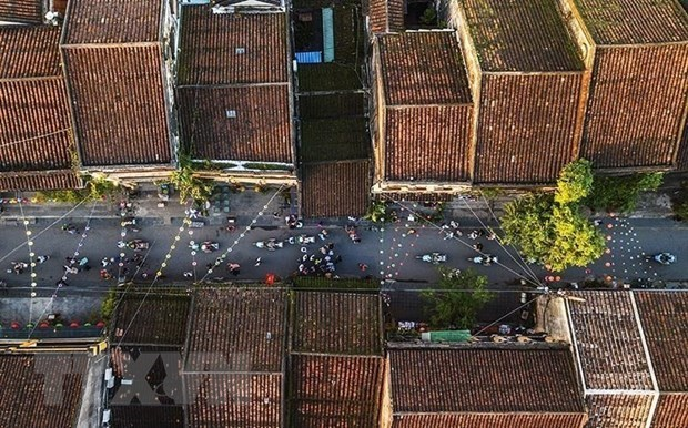 Hoi An ancient streets: top destination facing overload risk  hinh anh 2