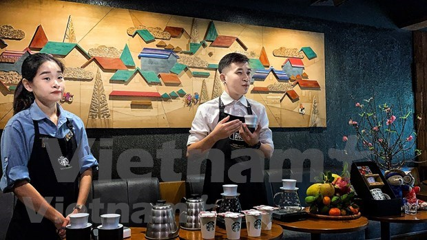 Starbucks Vietnam rolls out Vietnam-inspired designs ​ hinh anh 1