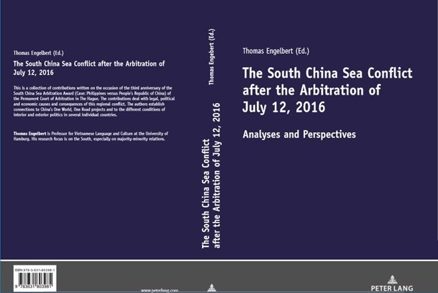 Book released on occasion of third anniversary of East Sea ruling hinh anh 1