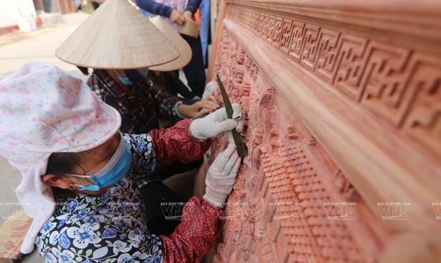Van Ha handicrafts – an ingenious combination of wood and craftsmanship hinh anh 3