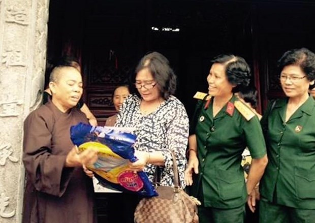 Sharing hope with former female volunteer youths hinh anh 2