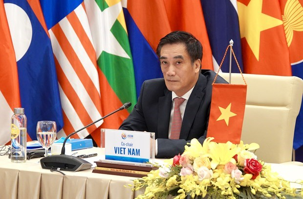 ASEAN+3 Finance and Central Bank Deputies' Meeting held ​ hinh anh 2