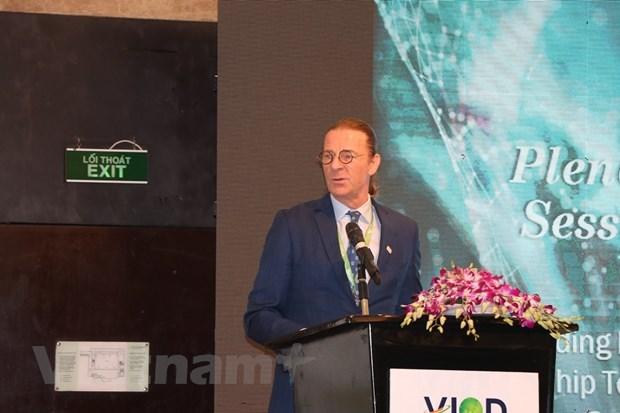 Vietnam successfully develops stock market: Dragon Capital Chairman hinh anh 1