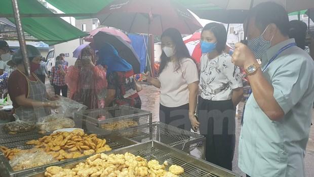 Hanoi's enterprises increase goods stockpile amid COVID-19 outbreaks hinh anh 3