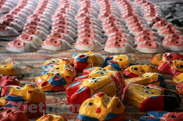 Ong Hao craft village helps maintain values of traditional toys hinh anh 2