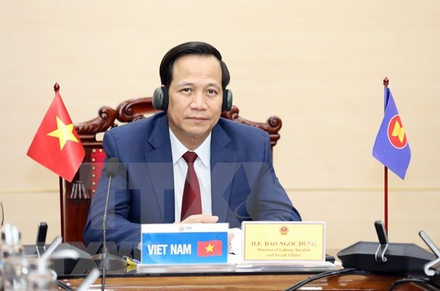 Vietnam highly regards social workers' role in COVID-19 response: Minister hinh anh 1