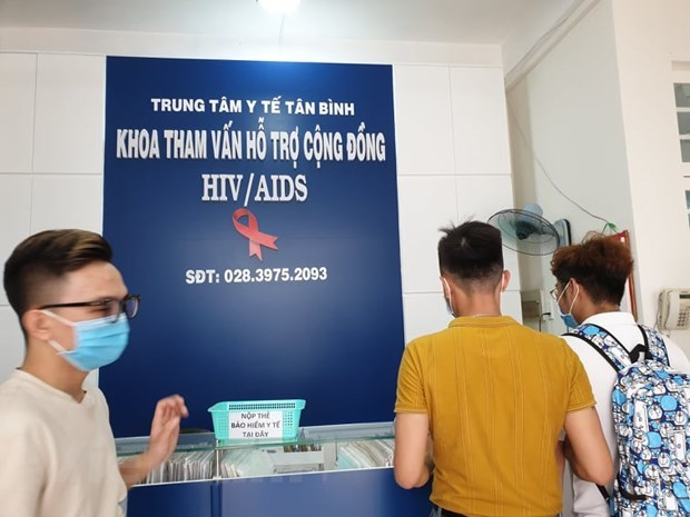 Vietnam's 30-year tireless fight against HIV/AIDS hinh anh 1