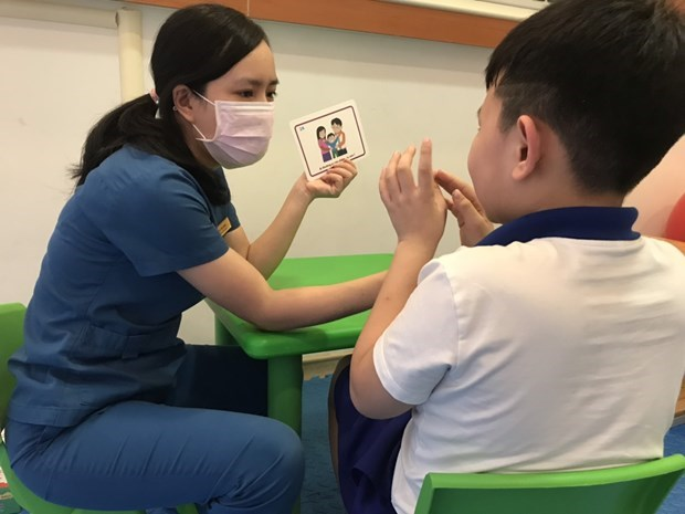 Vietnam among pioneers in application of stem cell therapy to treat autism hinh anh 1
