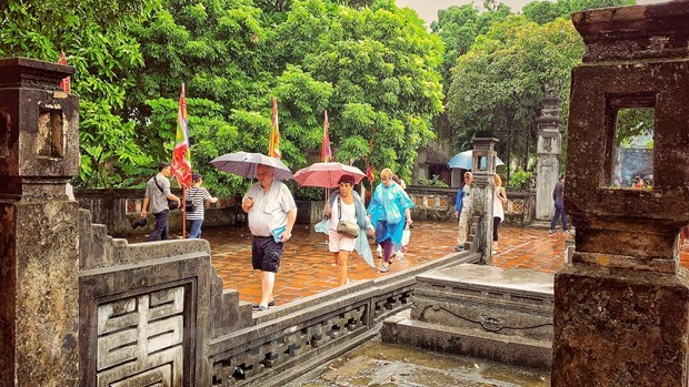 Vietnam's tourism maintains attractiveness despite COVID-19 hinh anh 3