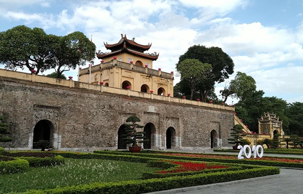 Vietnamese, foreign specialists offer ideas on Royal Citadel value promotion hinh anh 1