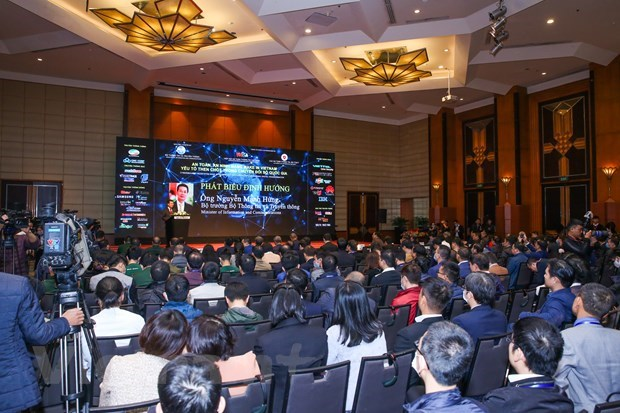 Vietnam must assert national sovereignty, prosperity on cyberspace: Minister hinh anh 1