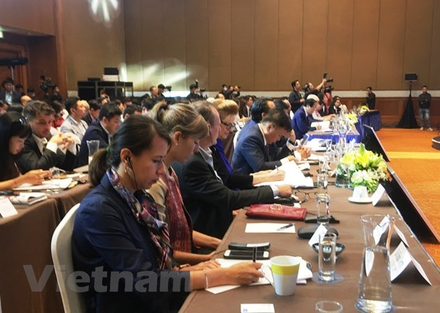 Sustainable development brings long-term prosperity to society: forum hinh anh 2