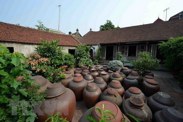 Duong Lam first Vietnamese ancient village to become national relic hinh anh 2