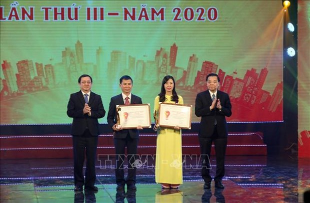 Twenty initiatives for community honoured hinh anh 1