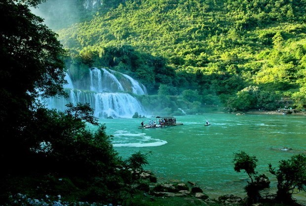 Ba Be National Park – natural potential, invaluable heritage hinh anh 1