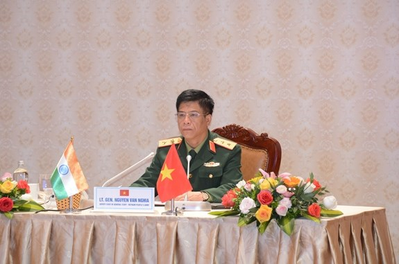 Vietnam, India boost defence collaboration hinh anh 1