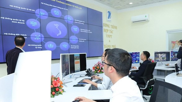 Billion-dollar SOEs to be made leading companies hinh anh 1