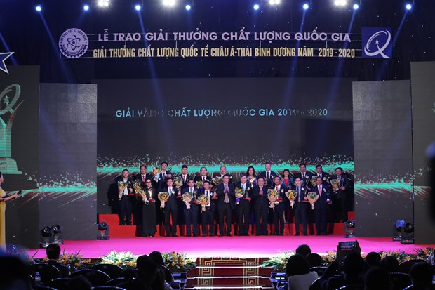Nestle Vietnam shines with Golden Prize for Quality in seven criteria hinh anh 2