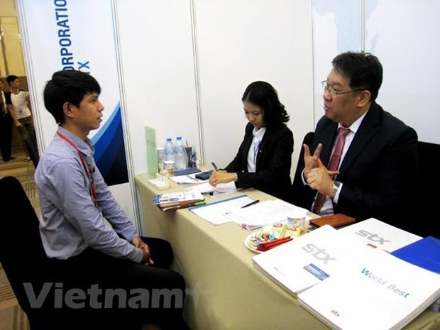 Japanese firms' recruitment demands start recovering from Q2 hinh anh 1