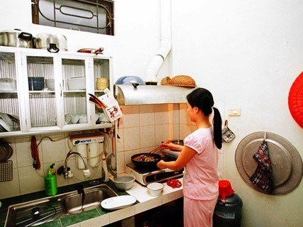 Vietnamese domestic workers covered by law but need actual protection: ILO report hinh anh 1
