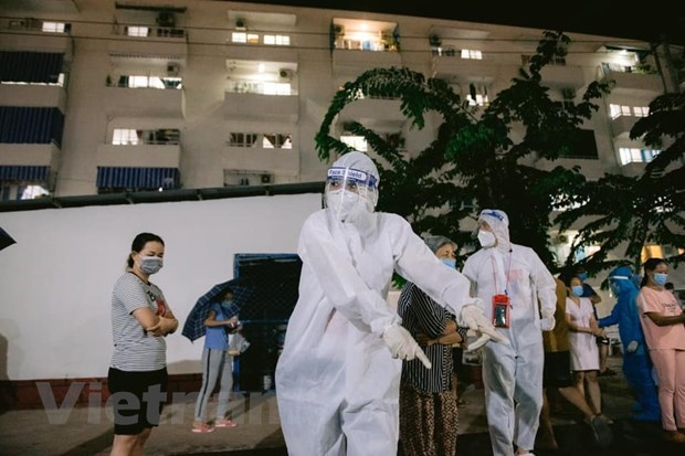 Celebs spread cheerful messages in pandemic hotspot of HCM City hinh anh 2