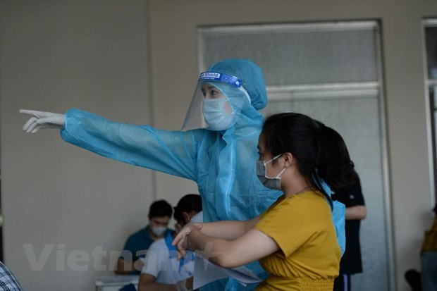 Celebs spread cheerful messages in pandemic hotspot of HCM City hinh anh 3