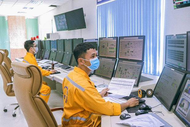 PetroVietnam: vaccination made top priority hinh anh 3