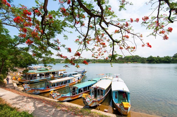 Exploring best destinations in Vietnam on foot hinh anh 5