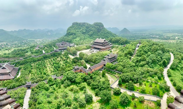 Solutions for Vietnamese tourism in new period hinh anh 3