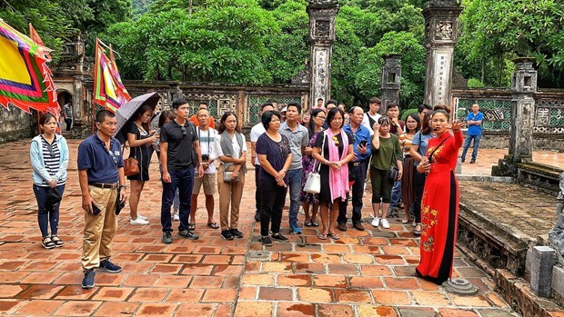 Solutions for Vietnamese tourism in new period hinh anh 2