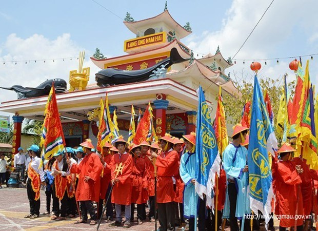 Nghinh Ong festival in Ca Mau province – beauty of community culture hinh anh 1