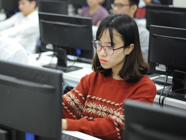 Universities' foreign language requirements: a boost to foreign language teaching, learning  hinh anh 1