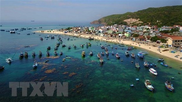 Vietnam calls for efforts in dealing with plastic pollution, ocean waste at IGM 25 hinh anh 2