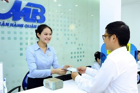 Military Bank to meet bad debt requirements hinh anh 1