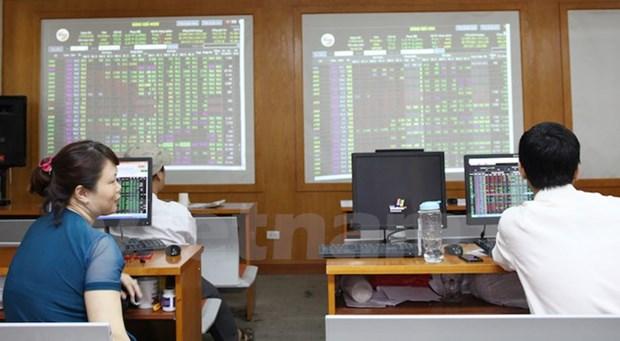 SOE shares begin trading hinh anh 1