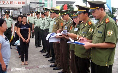 PM approves new anti-human trafficking programme hinh anh 1