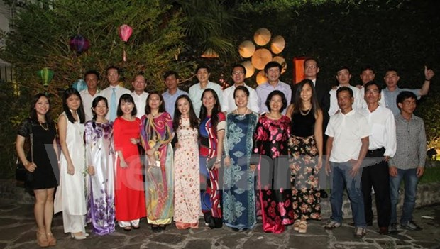 Vietnamese in Argentina celebrate Lunar New Year hinh anh 1