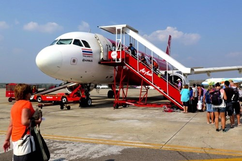 Air Asia opens route between Penang and HCM City hinh anh 1
